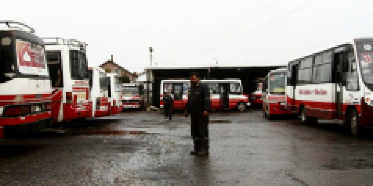 Seremi de Transportes de RM extiende plazo para postular a subsidio de renovación de buses