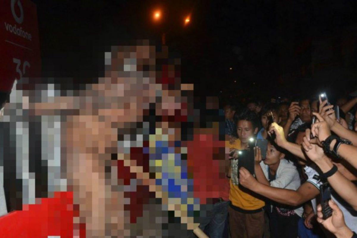La policía de India detuvo al menos 22 personas, e identificado a más de 200, por su participación en el linchamiento de Syed Farid Jan, de 35 años de edad, quien fue acusado y sentenciado por violación. Foto:AP. Imagen Por: