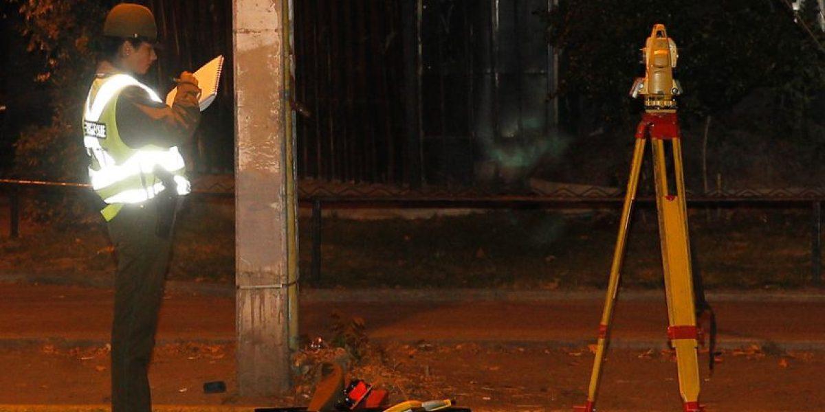 Camión repartidor de gas arrolló a un motociclista y lo mató en Pudahuel