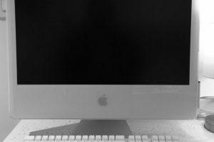 iMac G5 (2004). Foto:instagram.com/icochisetimothytaylor. Imagen Por: