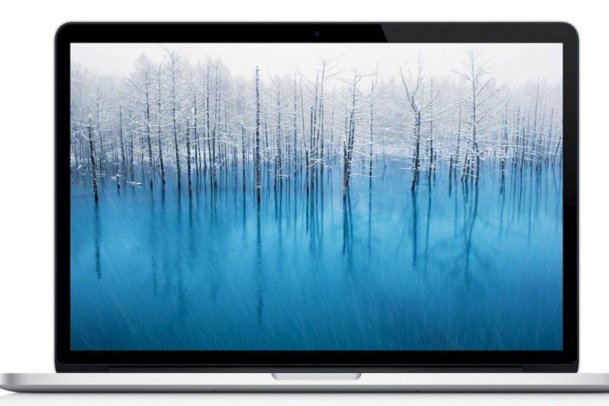 MacBook Pro Retina (2012). Pantalla Retina de 15.4 pulgadas con resolución de 2.560*1.800 pixeles con procesador Intel Core i7 y puertos USB 3.0. Foto:Apple. Imagen Por: