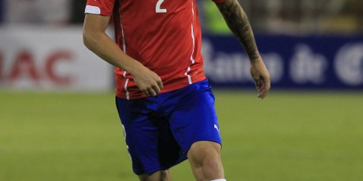 El primer convocado: Cruzeiro informó que Eugenio Mena fue citado por Sampaoli