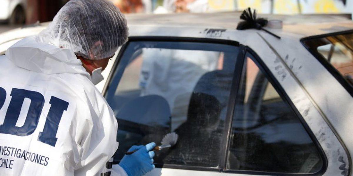 Así pretenden identificar a los delincuentes que robaron un auto con una menor en su interior
