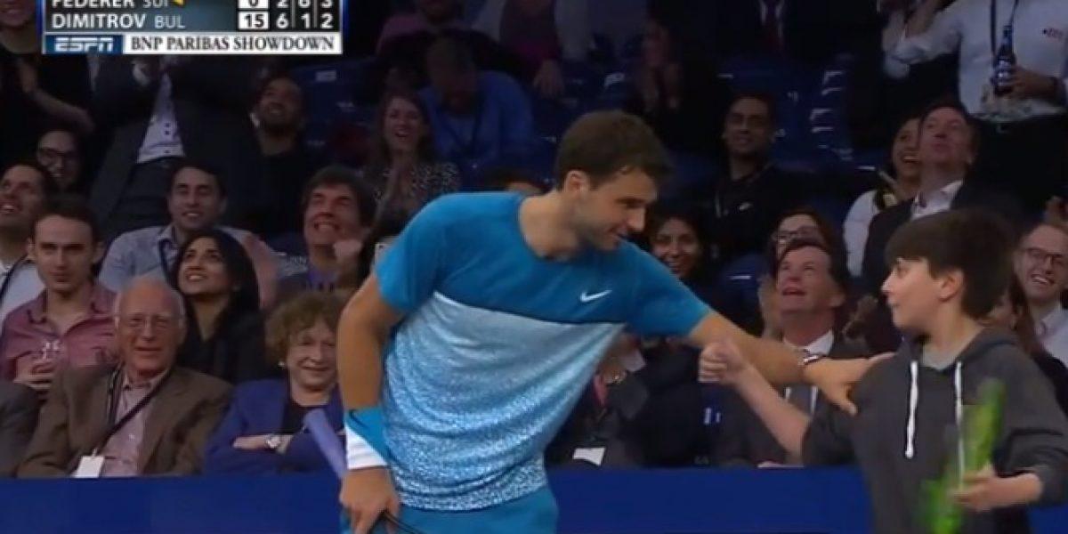 Video: ¡Notable! niño dejó en ridículo a Roger Federer y le hizo un puntazo