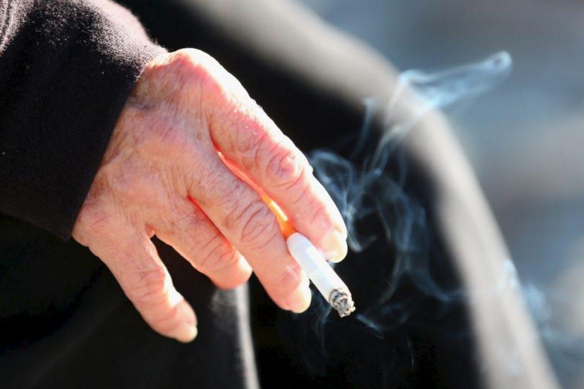 8. Las mujeres que fuman durante el embarazo tienen niños bajo peso, parto prematuro y hasta abortos espontáneos. Foto:Getty. Imagen Por: