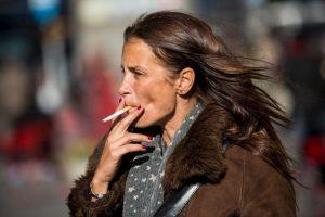 10. El consumo de cigarrillo también causa alergias. Foto:Getty. Imagen Por: