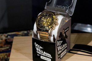 Este es un modelo de Swatch en homenaje al famoso espía 007. Ahora imagínalo con tecnología de punta. Foto:Getty Images. Imagen Por: