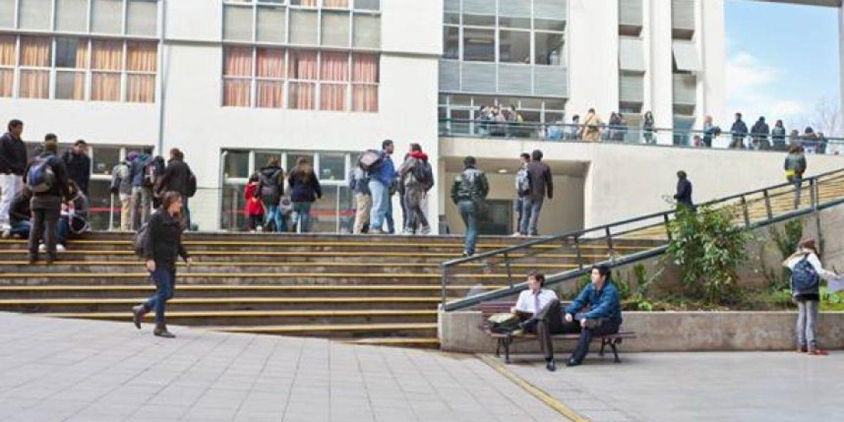 Mineduc abrió investigación por denuncia de falsificación de actas en la Universidad Central