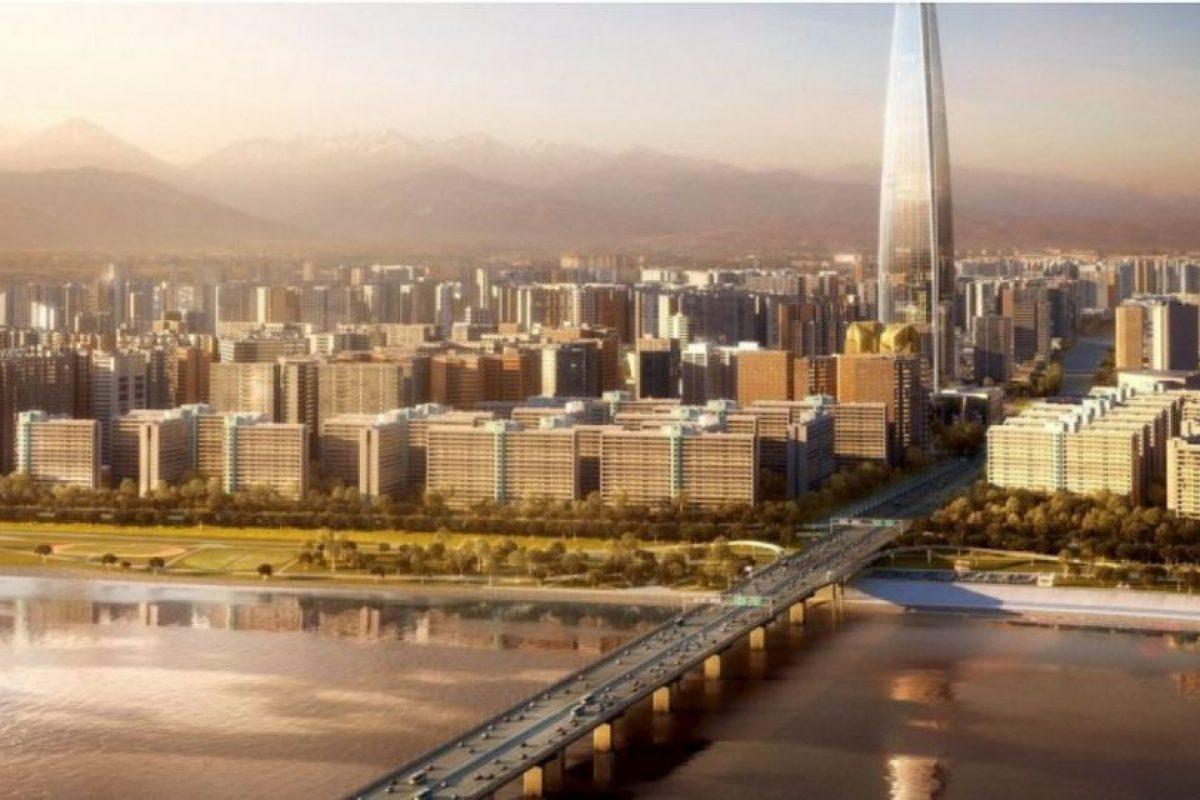7. Lotte World Tower (Corea del Sur) – 123 pisos – 554 metros (1819 pies) de altura Foto:Kohn Pedersen – Skyscrapercenter.com. Imagen Por: