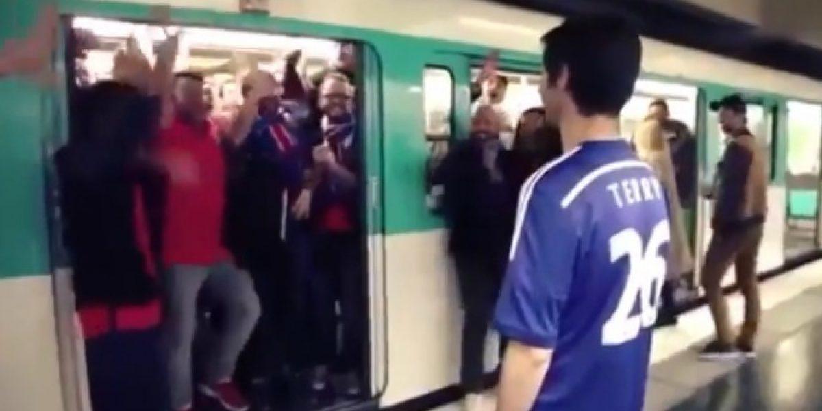 Video: ¡Revancha! Hinchas del PSG dan vuelta acto de racismo para burlarse del Chelsea