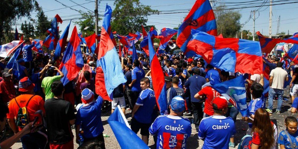 Hinchas azules esperan llegar en masa al CDA para el tradicional Banderazo