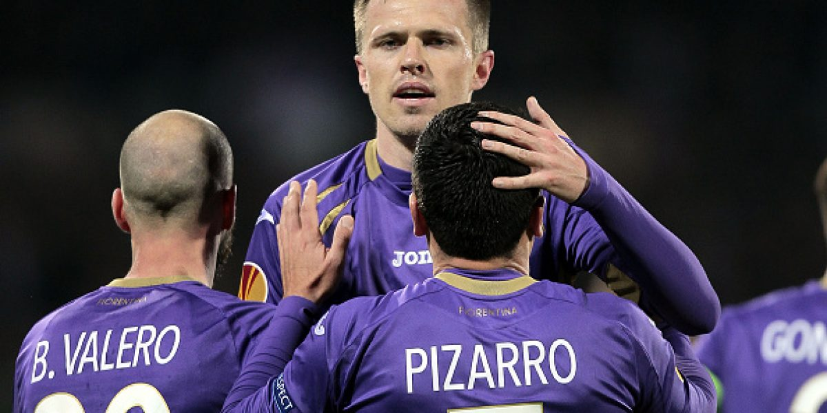 Preocupación en la Roja: Pizarro se retiró lesionado en empate de Fiorentina