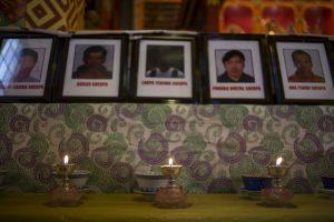 Ofrenda a los fallecidos por un alud del monte. Foto:Getty Images. Imagen Por: