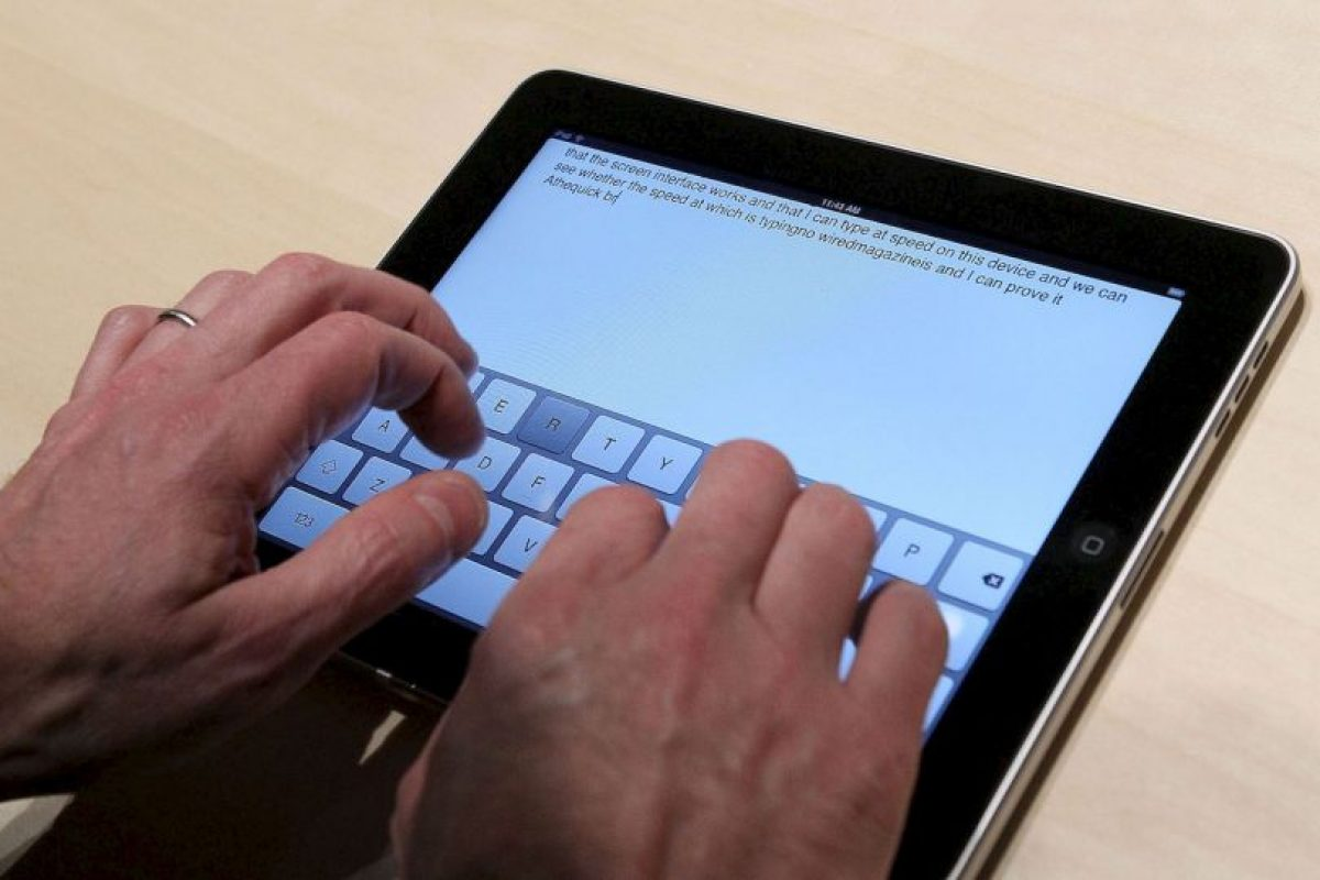 Los nuevos gadgets suelen integrar ya un teclado virtual en su sistema. Foto:Getty Images. Imagen Por: