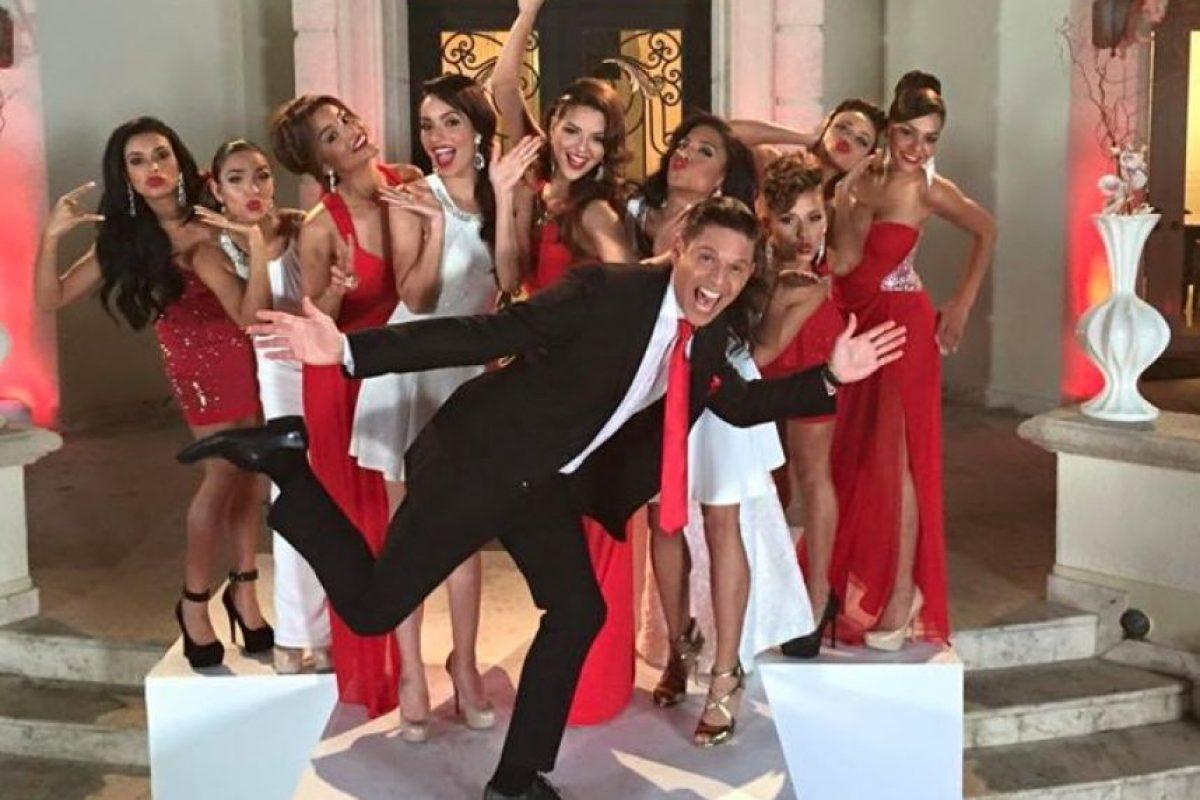 """Conocido como """"el Fashionista"""", Figueroa es también la estrella de las las más prestigiosas premiaciones, como el Latin GRAMMY, Premio Lo Nuestro y Premios Juventud, entre otros. Foto:Vía Facebook/Rodnerfigueroa. Imagen Por:"""