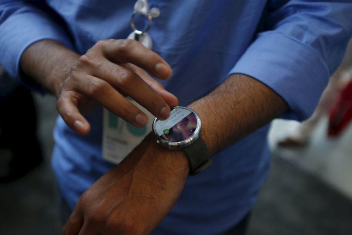 Samsung tambián ha presentado su smartwatch con sistema Android. Foto:Getty Images. Imagen Por: