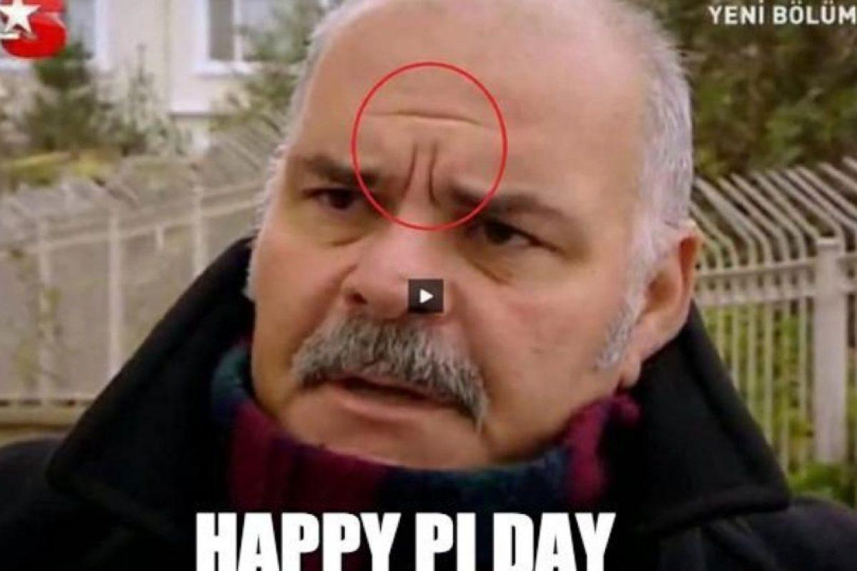 OMG Pi en su frente Foto:Dailylol. Imagen Por: