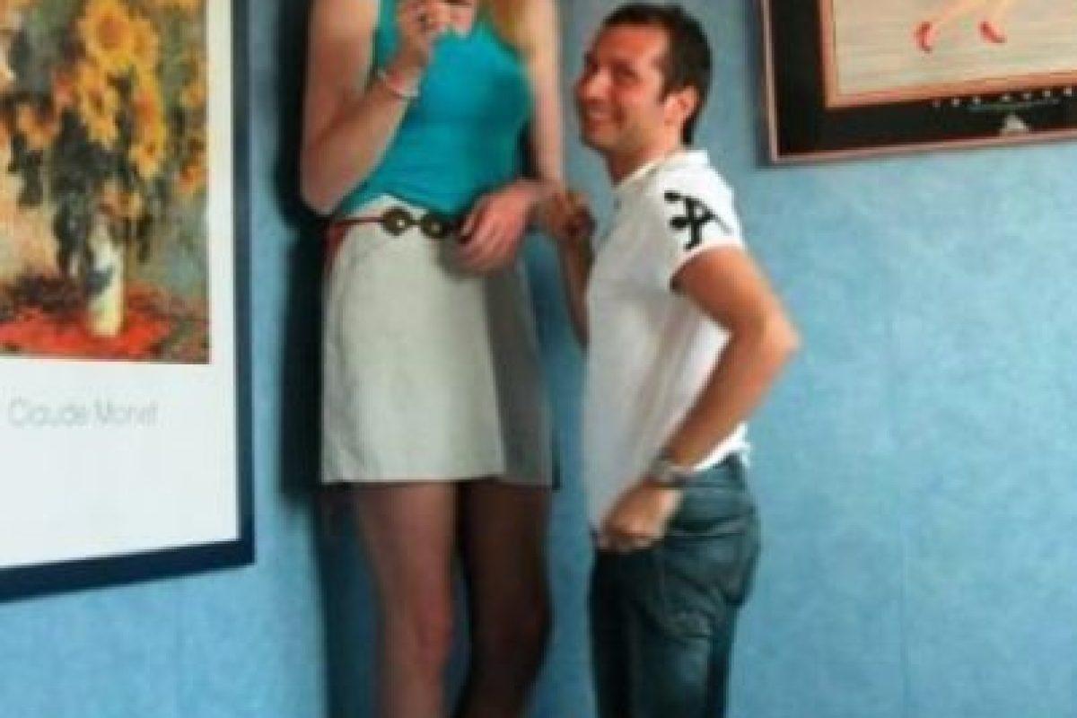 5. Debes olvidar rotundamente el hecho de poder tener relaciones sexuales mientras ambos estén de pie. Foto:Pinterest. Imagen Por: