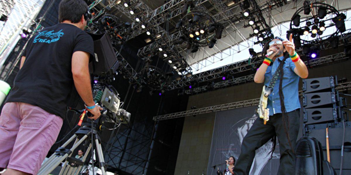 Quique Neira abre segunda jornada de Lollapalooza con discurso anti políticos