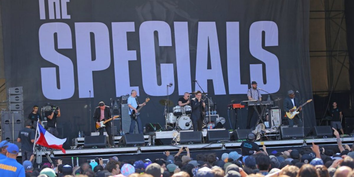 #LollaCL: Las imágenes del show de Bastille y The Specials