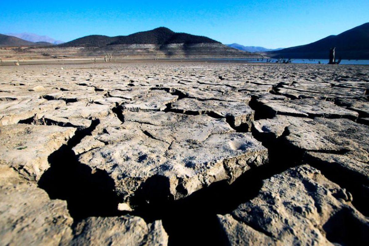 Así luce el embalse La Paloma, ubicado en Ovalle. Actualmente su capacidad, de 748 millones de metros cúbicos, está llegando a niveles históricos de déficit. Foto:Agencia Uno. Imagen Por: