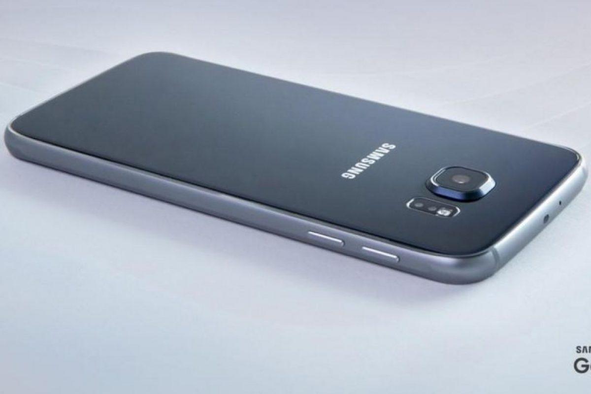 Ahora, la batería del nuevo Samsung Galaxy S6 no se puede remover, a diferencia de otros modelos anteriores. Foto:Samsung. Imagen Por: