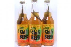 4. Chili Beer. Cerveza con un chile o ají en su interior. Los que la han porbado afirman que no es muy picante.. Imagen Por: