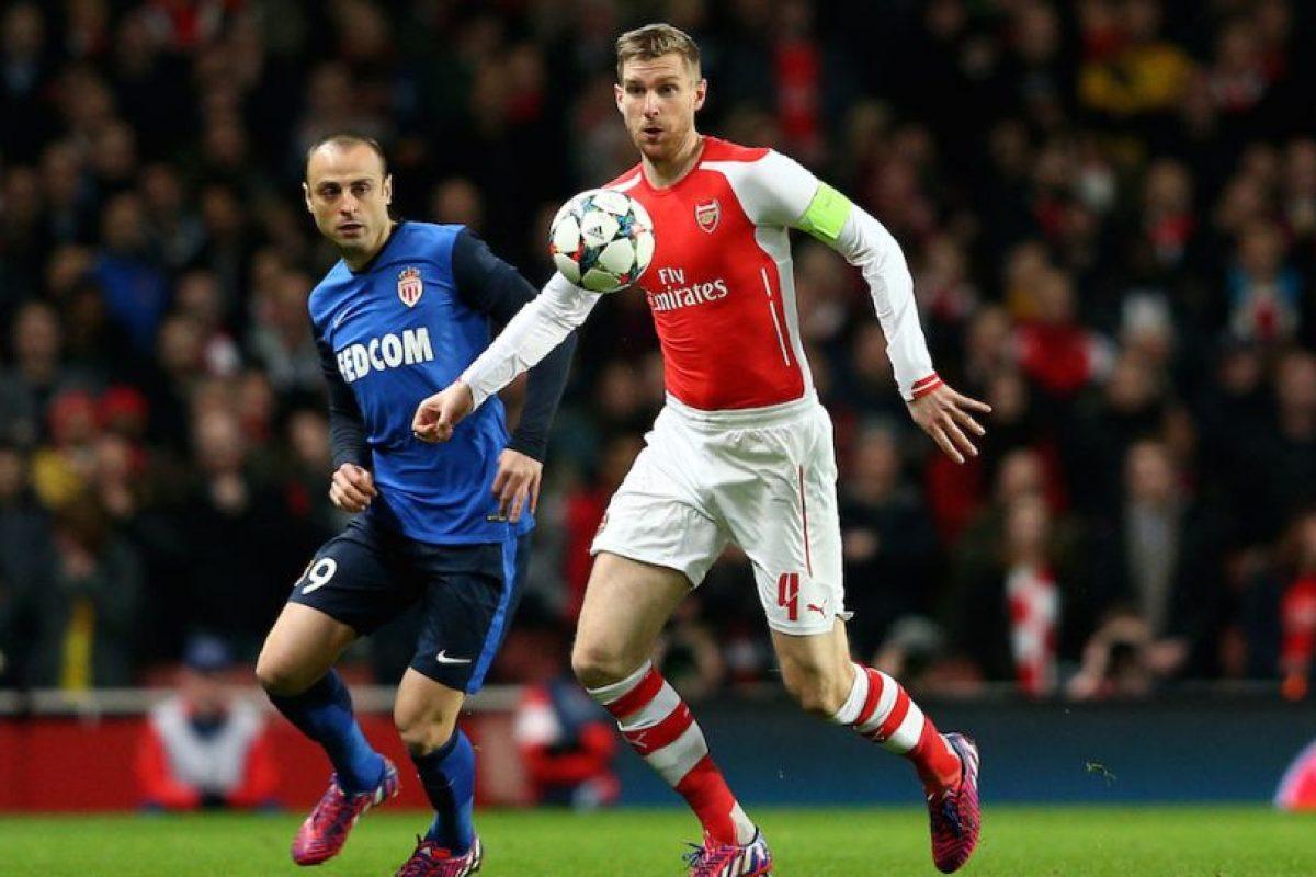 Dimitar Bervatov hizo mucho daño a la defensa del Arsenal. Foto:Getty Images. Imagen Por: