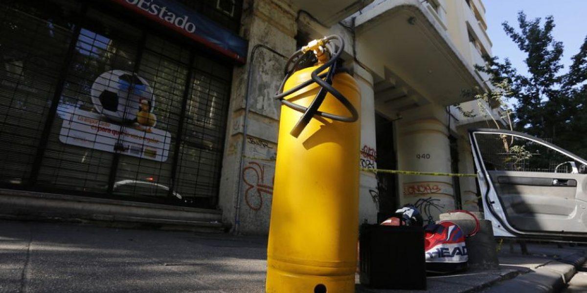 Desconocidos consiguen millonario botín tras sustraer gavetas de cajeros automáticos en Macul
