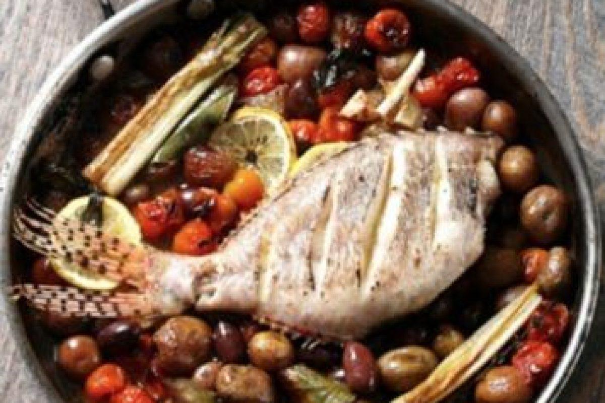 Este es el famoso Pez León al horno, una de las recetas más conocidas del chef colombo-austriaco Jorge Rausch Foto:Jorge Rausch/Facebook. Imagen Por: