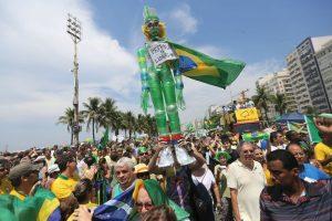 Los datos indican que el 47% de las personas que estuvieron en la Avenida Paulista, una de las principales de São Paulo, estaban motivadas por la lucha contra la corrupción. Foto:Getty Images. Imagen Por: