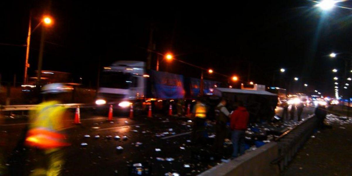 Fatal accidente automovilístico deja dos muertos en Ruta 5 Sur a la altura de Catemito