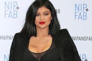 Kylie Jenner impresionó con este mal maquillaje en su última aparición. Foto:Getty Images. Imagen Por: