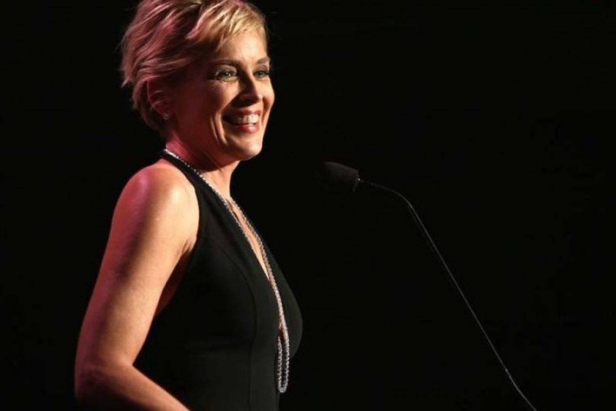 3. Sharon Stone. En 2005, la actriz recibió a su pequeño Laird gracias a una madre sustituta. Foto:Getty Images. Imagen Por: