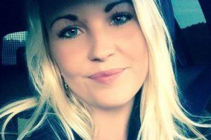 """Alicia Hansson es una joven sueca que solo busca un hombre que luzca bien para """"complacer su vista"""" y que tenga buenos hábitos. Su anuncio se viralizó en Internet y la han tildado de sexista. Pero otros hombres le mandan fotos desnudos y cartas de amor. Foto:Facebook. Imagen Por:"""