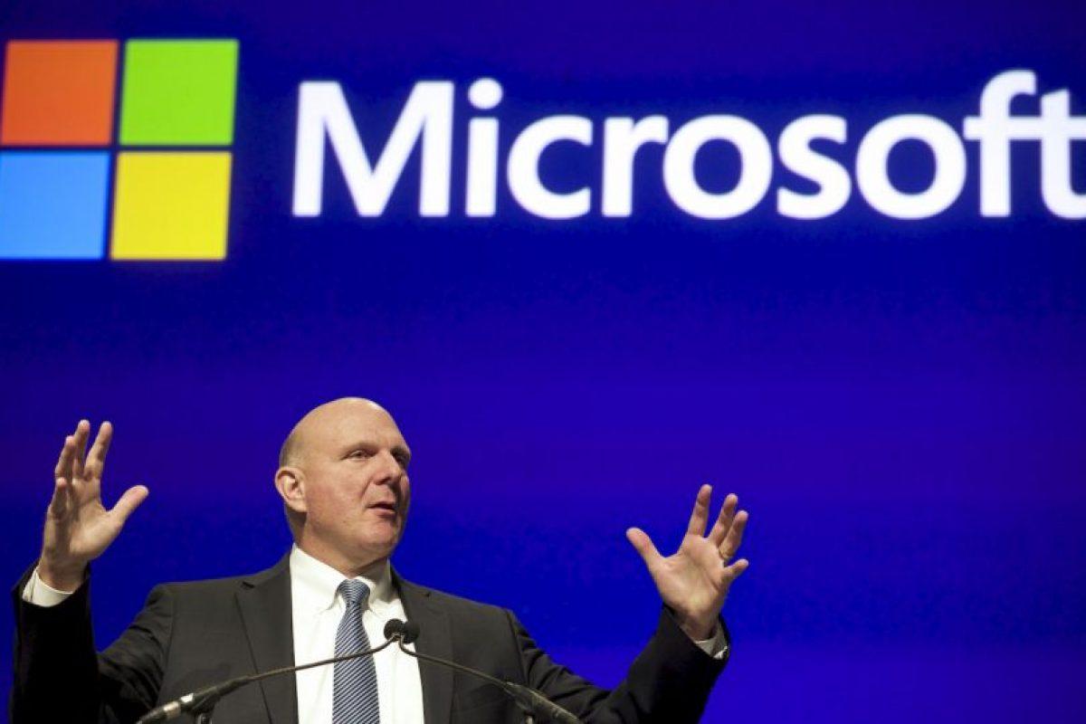 Steve Ballmer es el socio de Microsoft más favorecido. Además de participar activamente en ponencias, Ballmer contribuye en el progreso de la compañía. Él tiene la suma total de 21 mil 500 millones de dólares. Foto:Getty Images. Imagen Por: