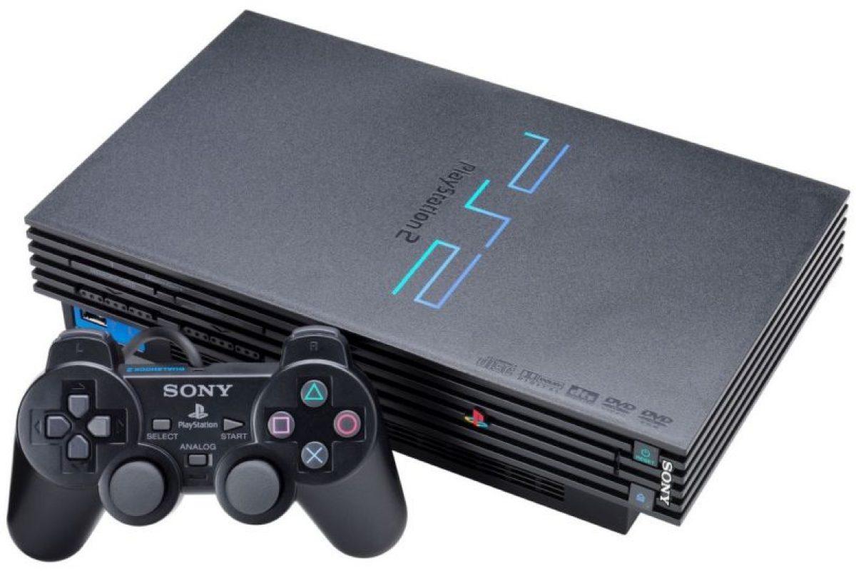 PlayStation 2. Lanzada el 4 de marzo del 2000. Foto:Sony. Imagen Por: