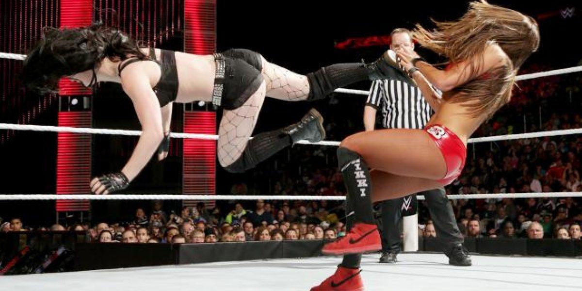 ¡Una pena! Diva de la WWE hace oficial noviazgo con músico