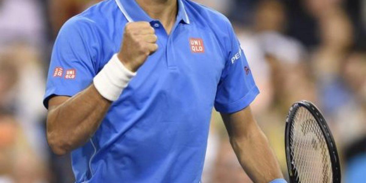 Djokovic sigue firme en la defensa del título en Indian Wells