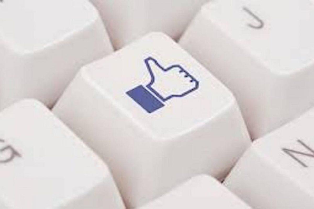 """El botón de """"like"""" es una idea original de Facebook, y se ha incorporado en casi todas las redes globales por su eficacia. Foto:Getty. Imagen Por:"""