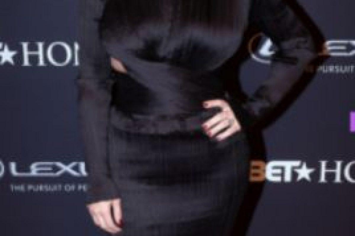 Vestido largo negro. Foto:Getty Images. Imagen Por: