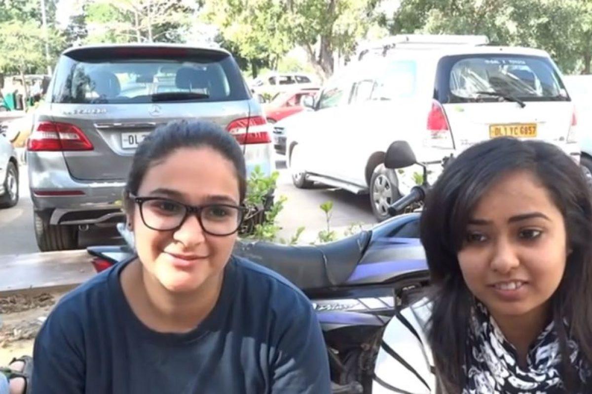 """Hablaron de la regularidad con lo que lo hacían: """"depende del humor"""". Foto:NisheethTV/Youtube. Imagen Por:"""