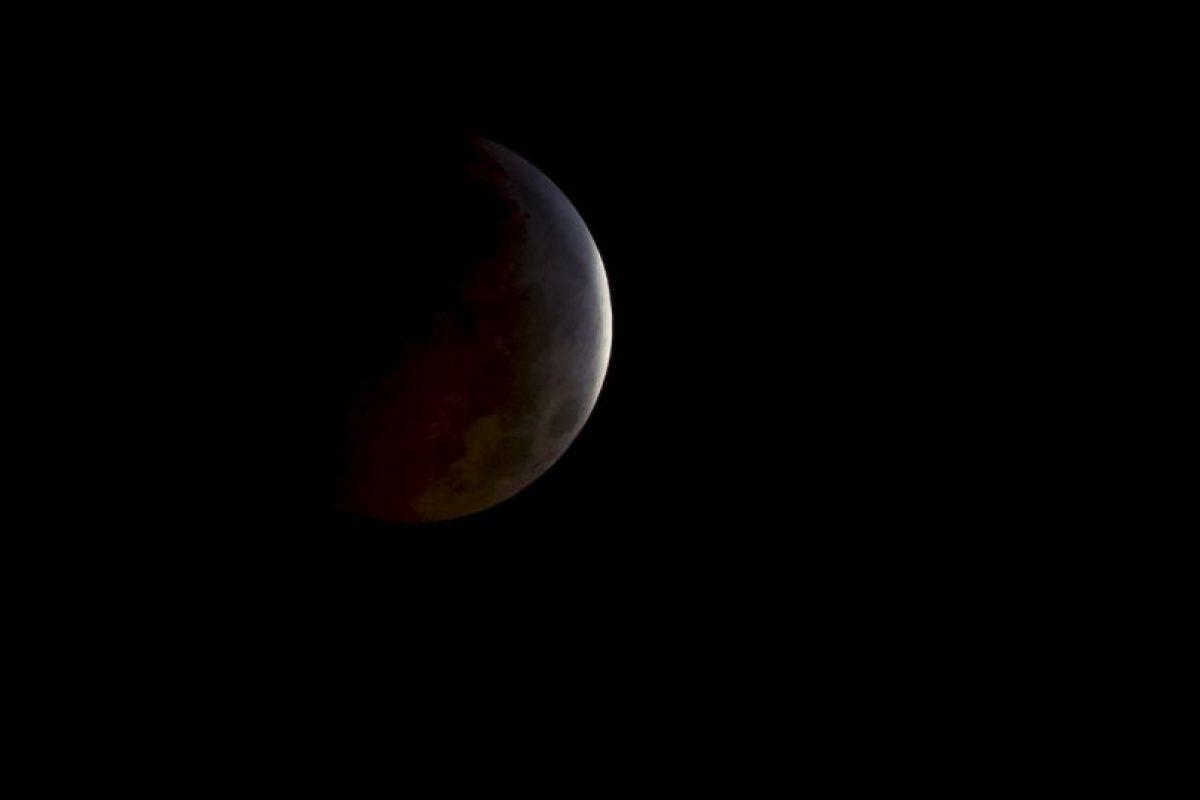 Así se ve un eclipse lunar desde el espacio. Foto:Getty. Imagen Por: