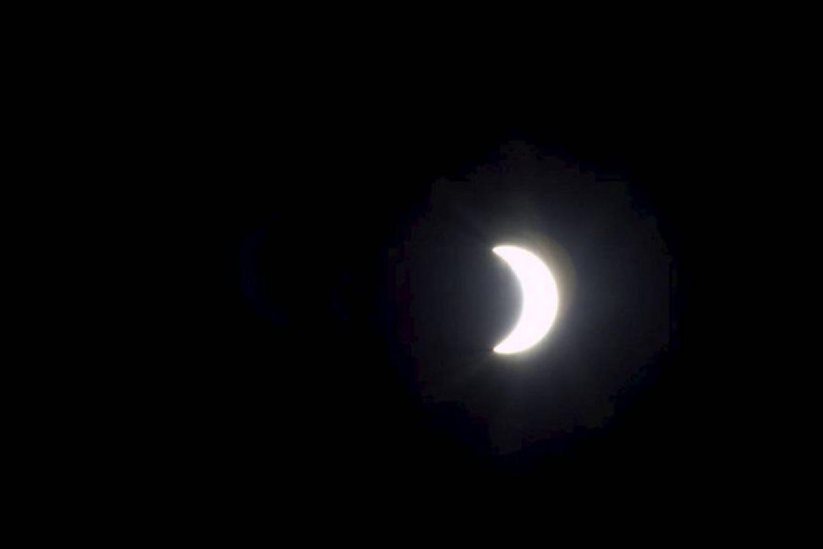 Esta es la verdadera foto publicada por la NASA del eclipse de este día. Foto:Getty. Imagen Por: