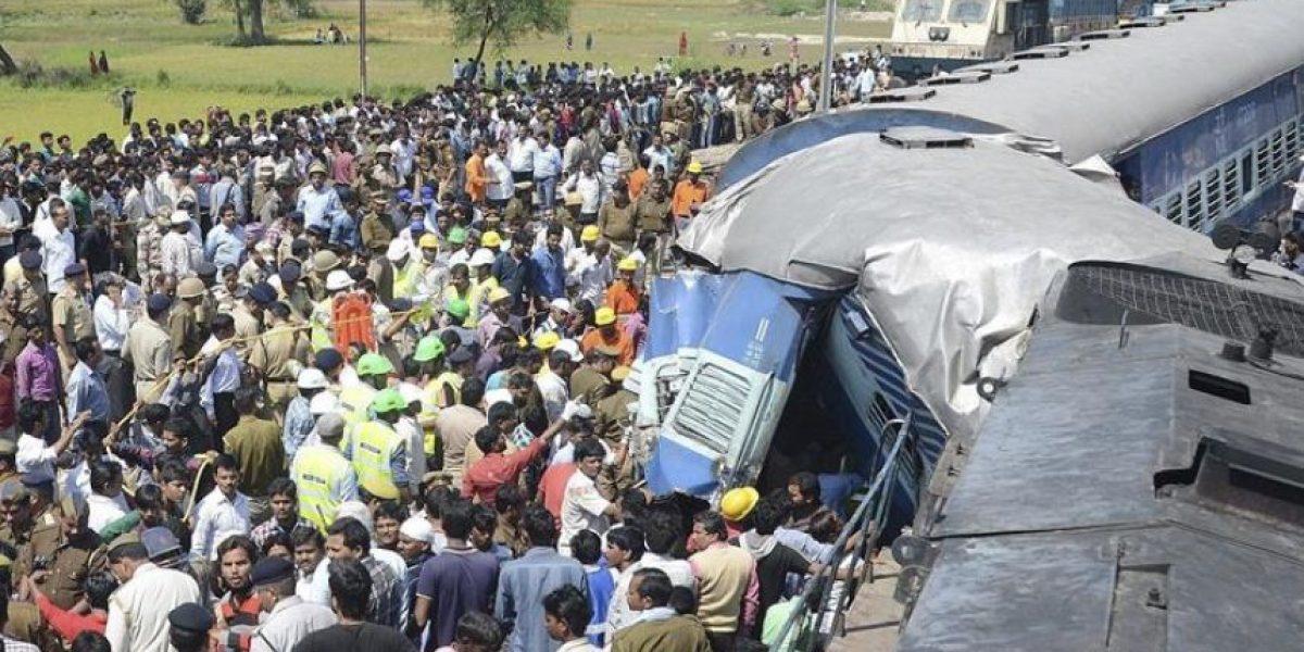 Al menos 34 muertos y 100 heridos en un accidente de tren en la India
