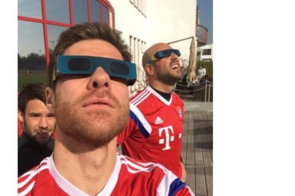 El club de futbol alemán Bayern München también disfruto del evento. La foto fue publicada por el diario deportivo La Afición. Foto:Twitter @ROVozAficion. Imagen Por: