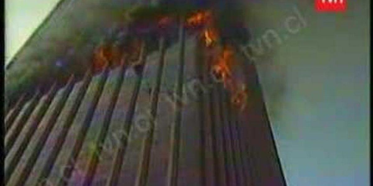 Así fue el violento incendio a la Torre Santa María que remeció a Santiago hace 34 años