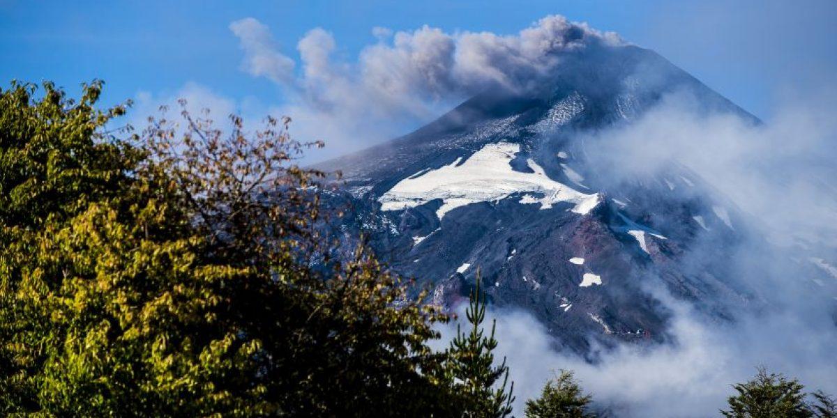 Sernageomin informa de aumento paulatino de la actividad superficial del volcán Villarrica