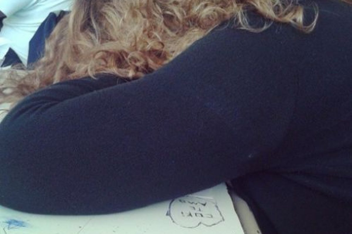 El descanso nocturno afecta al peso y al índice de masa corporal (IMC), como desmotró Nathaniel Watson, del Instituto del Sueño de la Universidad de Washington en Estados Unidos. Foto:Tumblr.com/Tagged-dormida. Imagen Por: