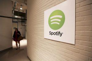 Spotify puede dejar de ser gratuito por presión. Los dejamos con el Top 15 global en esta aplicación. Foto:Getty. Imagen Por: